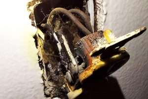 """Read more about the article Aluminum Wired Homes Have """"Cold Flow"""" Fire Hazards"""